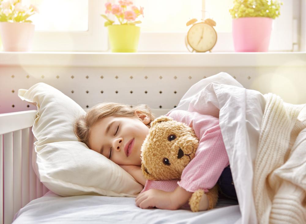 8 Consejos de hacer la transición para tu Toddler de la cuna a la ...